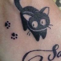 Tatuaggio curioso sul polso il gattino & le tracce & la scritta