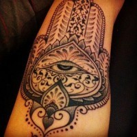 Schöne buddhistische Symbolik Tattoo