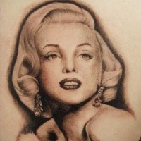 Tatuaje  de retrato de Marilyn Monroe divina