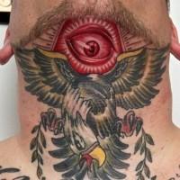 massonico stile colorato occhio mistico con uccello grande tatuaggio su collo