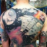 Tatuaje en la espalda, nave espacial increíble de  la guerra de las galaxias