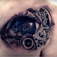 tatouage d'un œil mécanique