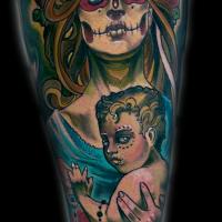 Tatuaje en el muslo,  mujer con su hijo extraordinarios de estilo mexicano