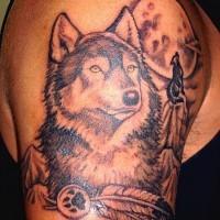Tatuaggio carino sul braccio il lupo & la luna