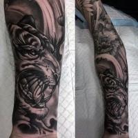 Neo japanischer Stil schwarzes Unterarm Tattoo Unterarm mit Blumen