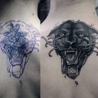 Neue Schule Stil gefärbtes Rücken Tattoo mit schwarzem Panther