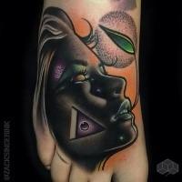 Neue Schule Stil farbiges Fuß Tattoo von Porträt der Frau