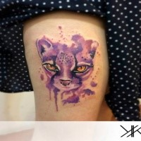 New school violet colored thigh tattoo of funny cat