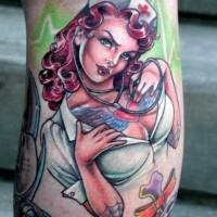 vecchio cartone animato stilizzato multicolore infermiera sexy tatuaggio su gamba