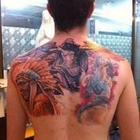 Oldschool farbiges oberer Rücken Tattoo von Engel und Indianer