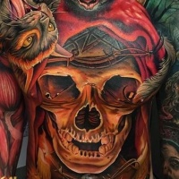 Oldschool mehrfarbige gruselige Fledermäuse und Katze Tattoo am ganzen Körper mit verschiedenen dämonischen und okkulten Symbolen