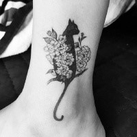 Old school style for girls black cat tattoo on ankle with flowers