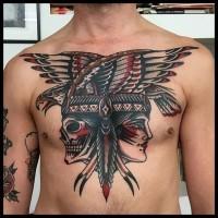 Oldschool Stil mehrfarbiges Brust Tattoo mit indianischer Frau mit dem Schädel und Adler