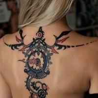 originale colorato grande tribale ornamento tatuaggio pieno di schiena