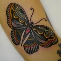 particolare farfalla tradizionale tatuaggio idea disegno