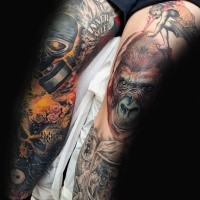 Realismus Stil sehr detailliertes Affenkopf Tattoo am Bein