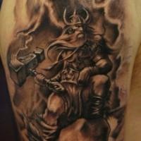 dei scaninavi e thor e odin tatuaggio a mezza manica