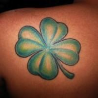 Einfacher irischer Klee Tattoo
