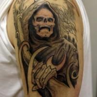 Gruseliger Sensenmann Tattoo am halben Ärmel