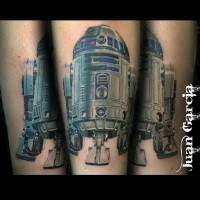 Star Wars hero r2d2 naturally colored tattoo by Juan Garcia