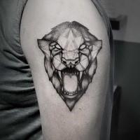 Narbung Stil schwarzweißes Schulter Tattoo mit brüllendem Löwen