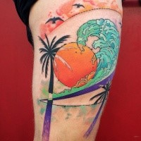 Sweet looking colored thigh tattoo of palm trees with sun and wave