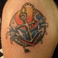 Burrasca, sole e ancora tatuaggio colorato in forma rotonda