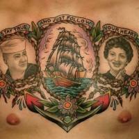 Tatuaje en el pecho Dos retratos Estilo marino