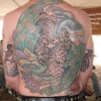 Tatuaggio grande sulla schiena il pavone terribile