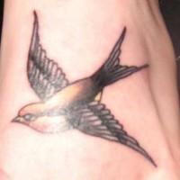 Tatuaggio la rondine che vola
