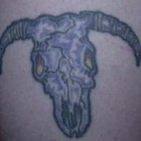 vecchio cranio toro tatuaggio