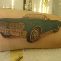 cabrioletto blu  classico vecchio tatuaggio