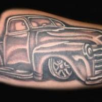 classico roadster inchiostro nero tatuaggio