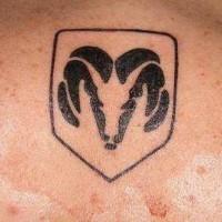 schivare logo inchiostro nero tatuaggio