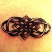 celtico trafori nodo tatuaggio