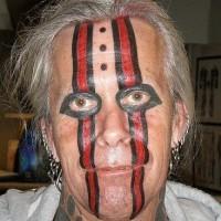 Pazzo tatuaggio sulla facia