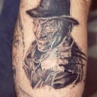 Freddy krueger nero inchiostro tatuaggio