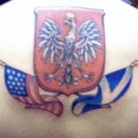 USA e bandiere scozzese con scudo aquilatatuaggio