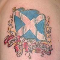 figli di scozia tatuaggio colorato