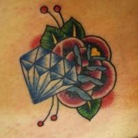 Le tatouage de fleur minimaliste avec un diamant