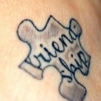 labirinto simbolo di amicizia tatuaggio