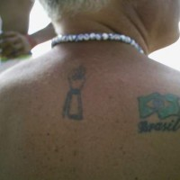 bandiera argentina tatuaggio sulla schiena