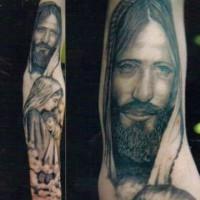 realistico gesu con bambino tatuaggio