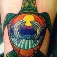 Delphine auf Bild in Schildkröte Tattoo