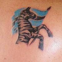 Zebra patriotica e bandiera tatuaggio