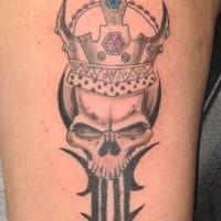incoronato re del mondo sotterraneo tatuaggio