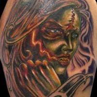 Tatuaje misterioso cara de la mujer-zombi