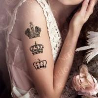 tre corone nere bianchi tatuaggio