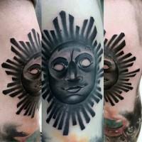 stile tribale 3D inchiostro nero sole sorridente tatuaggio su gamba