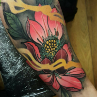 Usual colored shoulder tattoo of big flower with fog